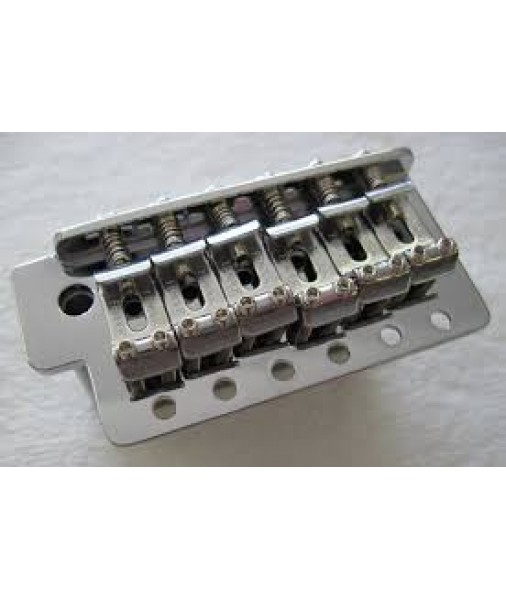 Fender Strat Bridge, Mexico Vintage Narrow Tremolo Bridge 0071014049