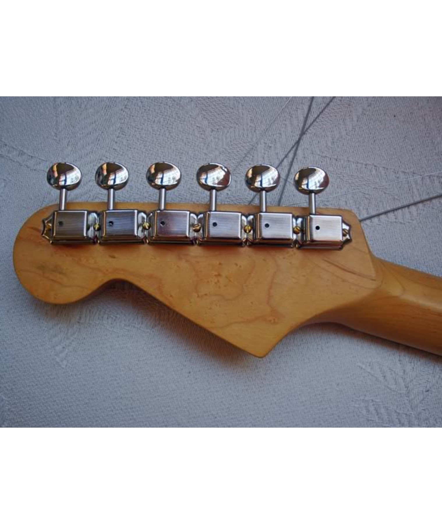 gotoh fender strat tele tuners 6 in a row vintage kluson style chrome1 15. Black Bedroom Furniture Sets. Home Design Ideas