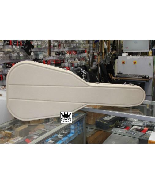 Hiscox Acoustic Case 000/OM Ivory PRO II